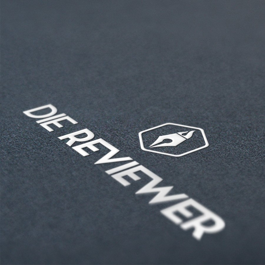 Die Reviewer Logo Mockup image